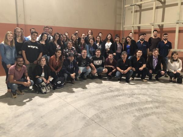 Estudantes de administração visitam a Sulmix
